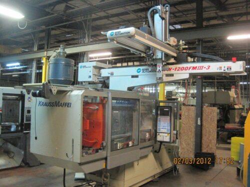 used krauss maffei injection molding machine