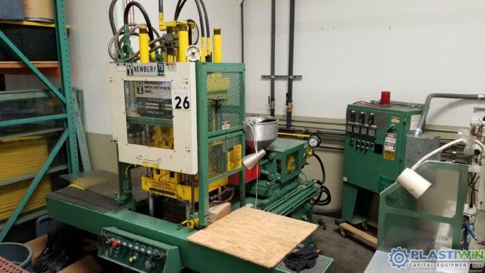 Used 75 Ton Newbury V6-75ARS Vertical Injection Molding Machine