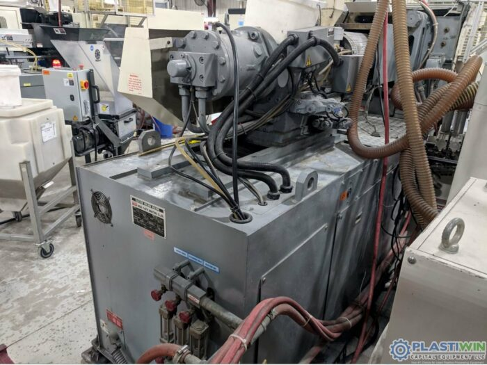 Used 89 Ton Nissei FN1000-12A Injection Molding Machine