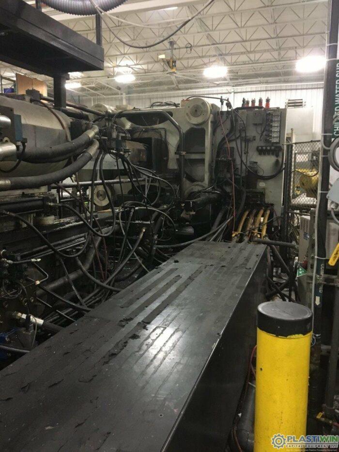 Used 1100 Ton Cincinnati Milacron MM1100-413 Injection Molding Machine 2004 6 used 1100 ton cincinnati milacron