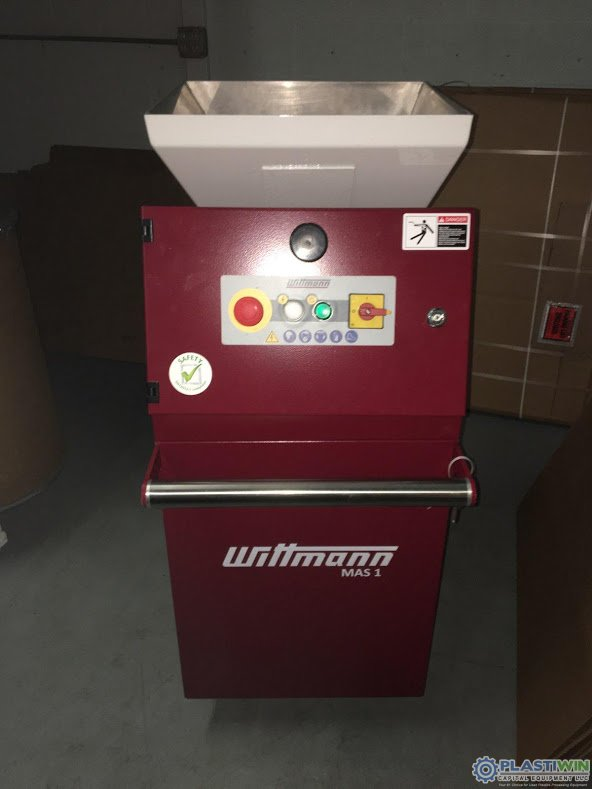 3.4 HP Wittmann MAS1 Grinder
