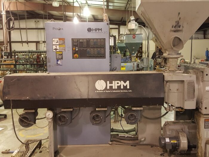 """Used 3.5"""" HPM 24:1 L/D HPM Single Screw Extruder 1 Used 3.5 HPM 24:1 L/D HPM Single Screw Extruder"""