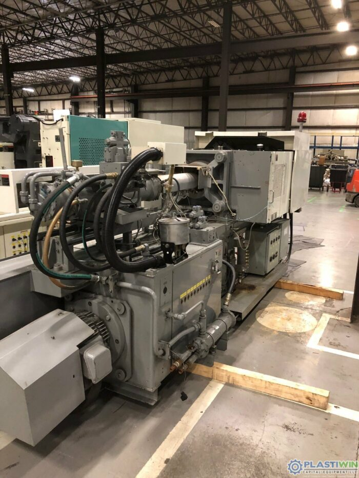 110 Ton Sumitomo SH100C Injection Molding Machine 6 Used 110 Ton Sumitomo SH100C Injection Molding Machine