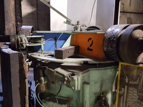 used mcneil 1500 3 arm rotational molding machine