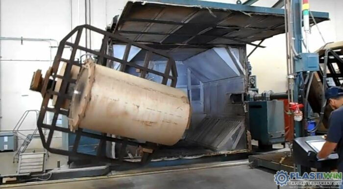 REI 2 Arm Swing Shuttle Rotational Molding Machine (4)