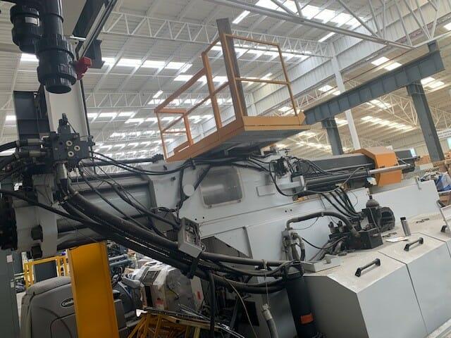 Used 2200 Ton Husky EW2000RS155/135 Injection Molding Machine