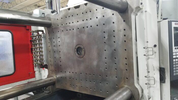 used 310 ton cincinnati milacron injection molding machine for sale