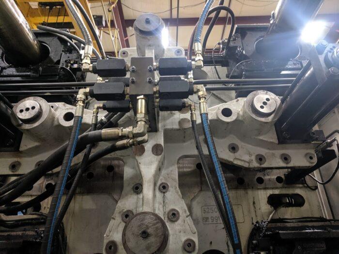 buying used cincinnati milacron injection molding equipment