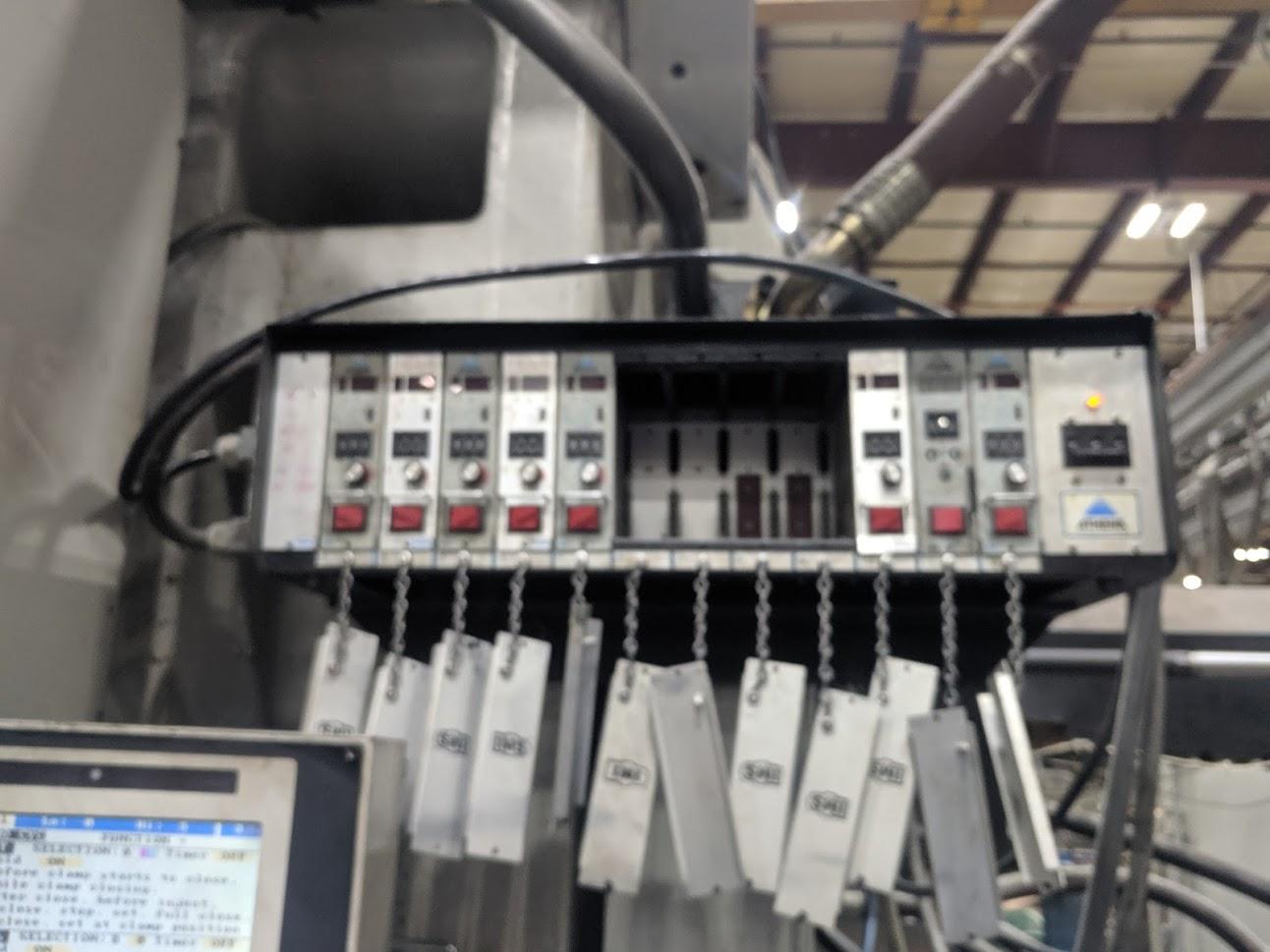 used cincinnati malacron injection molding machine ml1880 540