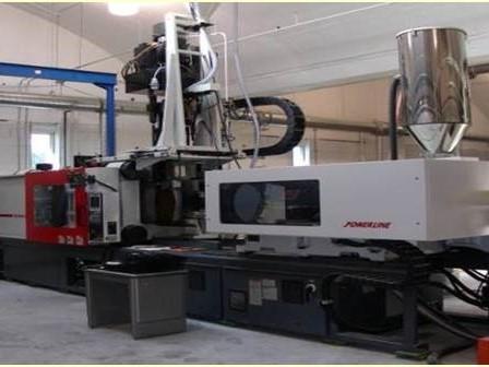 Used 440 Ton Cincinnati Milacron NT440 2-Shot Injection Molding Machine 1 440 Ton Cincinnati Milacron