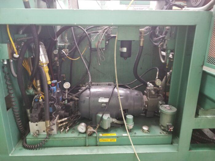 uniloy 350r2 blow molder