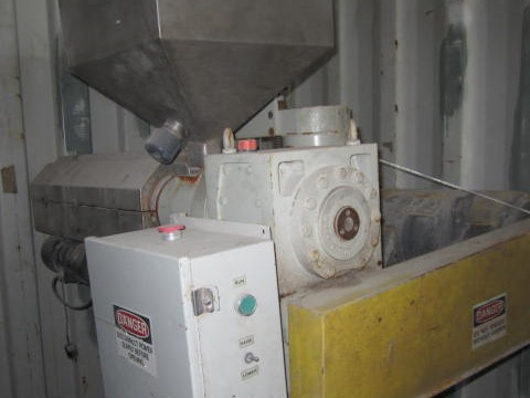 1.5 al-be industries model 150h single screw extruder