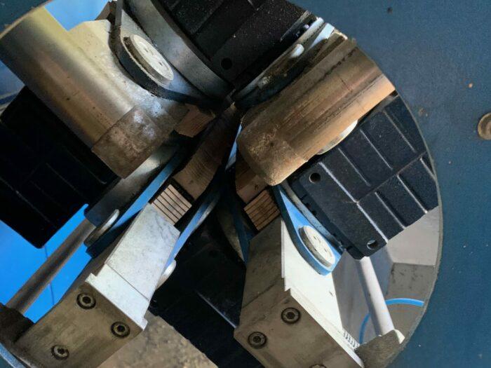 """used 10"""" 250mm kuag eicon multi track puller"""