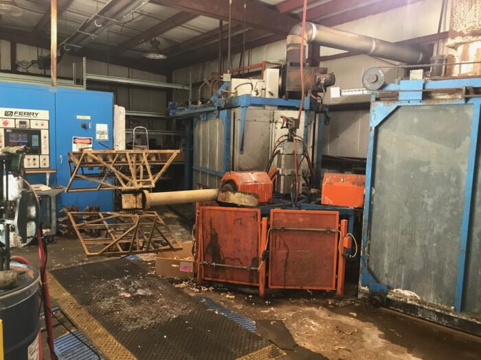 used ferry rs3-160 3 arm rotational molding machine