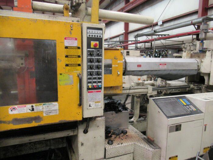 Used Mitsubishi 500 Ton Horizontal Injection Molding Machine 2 Used Mitsubishi 500 Ton
