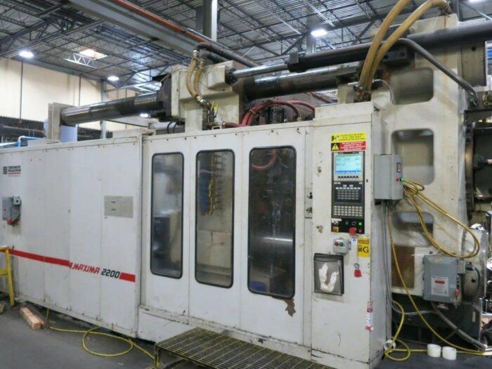 2200 ton cincinnati ml2200-413 injection molding machine