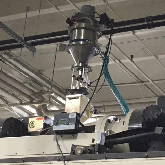 cincinnati milacron model e90-s-5pc-fs-ss accumulator head blow molding machine