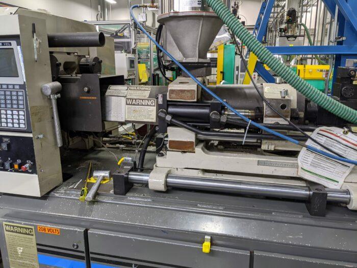 Used 110 Ton Cincinnati VT110-5 Injection Molding Machine 1 Used 110 Ton Cincinnati VT110-5