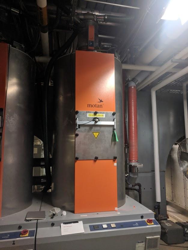 1200 liter luxorbin a 1200 insulated hoppers