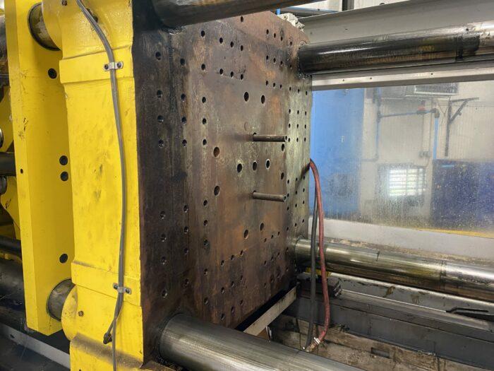 Used 300 Ton Van Dorn 300-RS-30F-HT Injection Molding Machine 4 Used 300 Ton Van Dorn