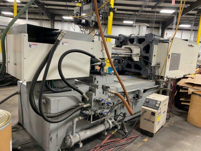 Used 400 Ton Toyo TM-400H2 Injection Molding Machine 1 Used 400 Ton Toyo TM-400H2