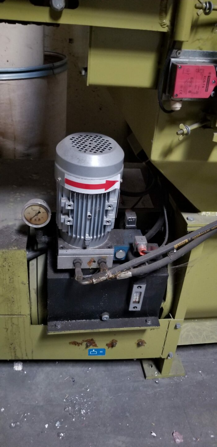 used greenmax-eps c200 cold press machine