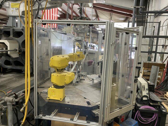 Used Fanuc LR Mate 200i B 3L Robot 1 Used Fanuc LR Mate 200i B 3L