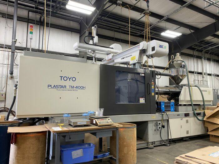 used 400 ton toyo tm400h injection molding machine