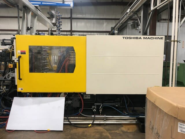 used 390 ton toshiba isgs390nv50-27at hybrid injection molding machine