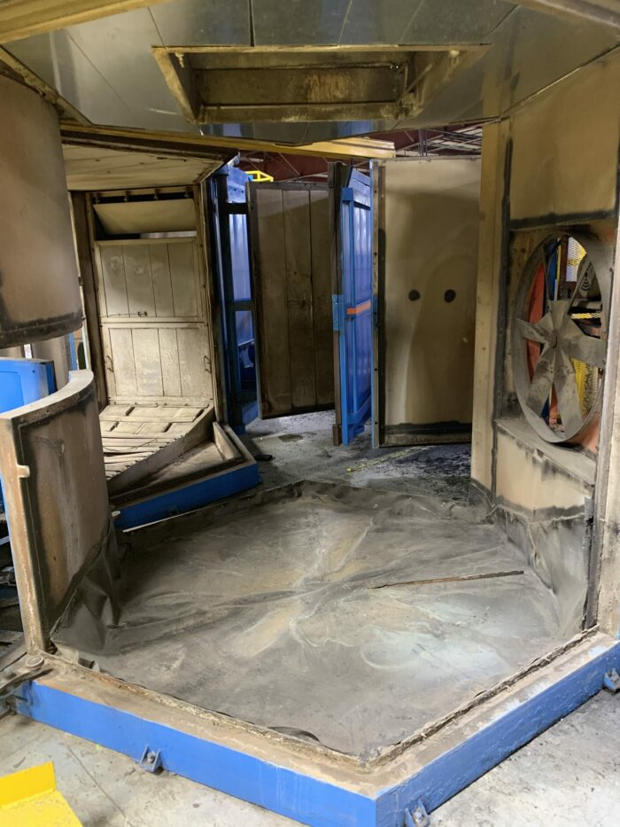used arm rotational molding machine for sale