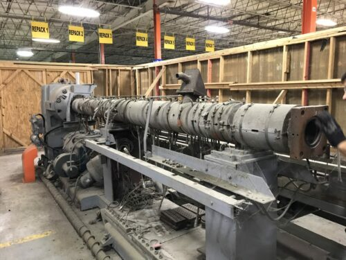 used 4.5 sterling 40:1 l/d 400 hp single screw extruder