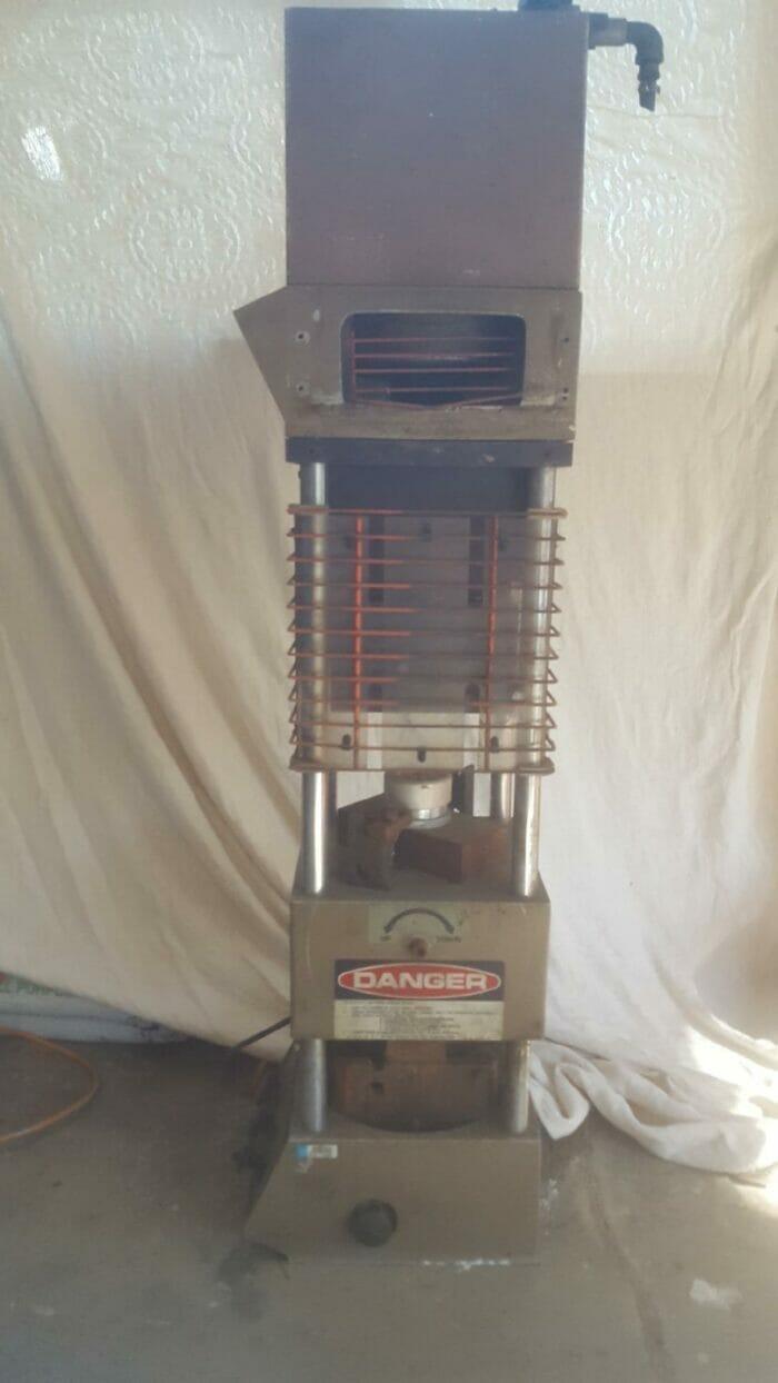 Used 20 Ton Morgan Press GT-100 Injection Molding Machine 1 Used 20 Ton Morgan Press GT-100