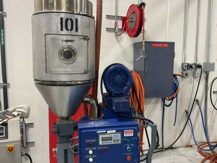 used 65 lb/hr comet sd-65 dryer system