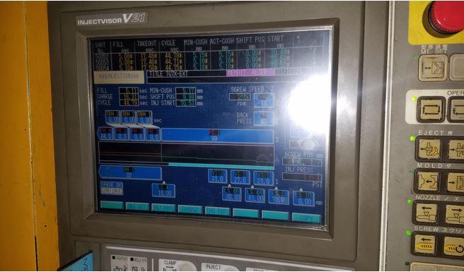 used 950 ton toshiba isgt950wv21-59b injection molding machine