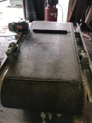 Used 1.5 HP Eriez Cross Belt Magnet with Stand 1 Eriez Cross Belt Magnet