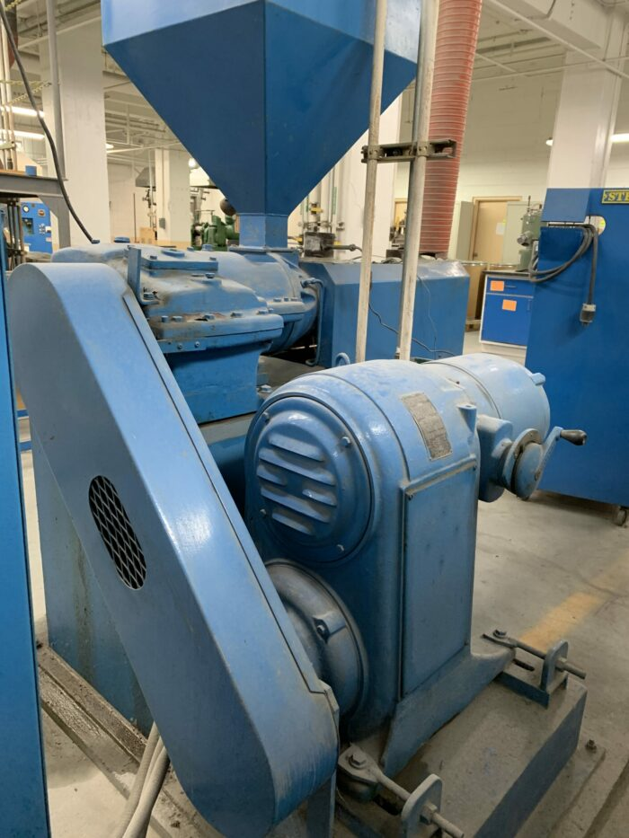 """Used 1.5"""" Sterling 24:1 Single Screw Extruder 1 Single Screw Extruder"""