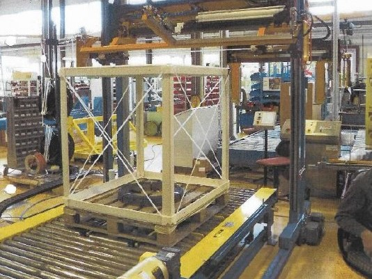 used alba chain driven conveyor and auto pallet banding system