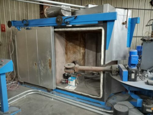 used ferry rs3-120 3 arm rotational molding machine