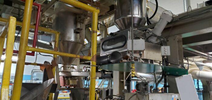 used 90mm berstorff 500 hp 32:1 l/d twin screw extruder