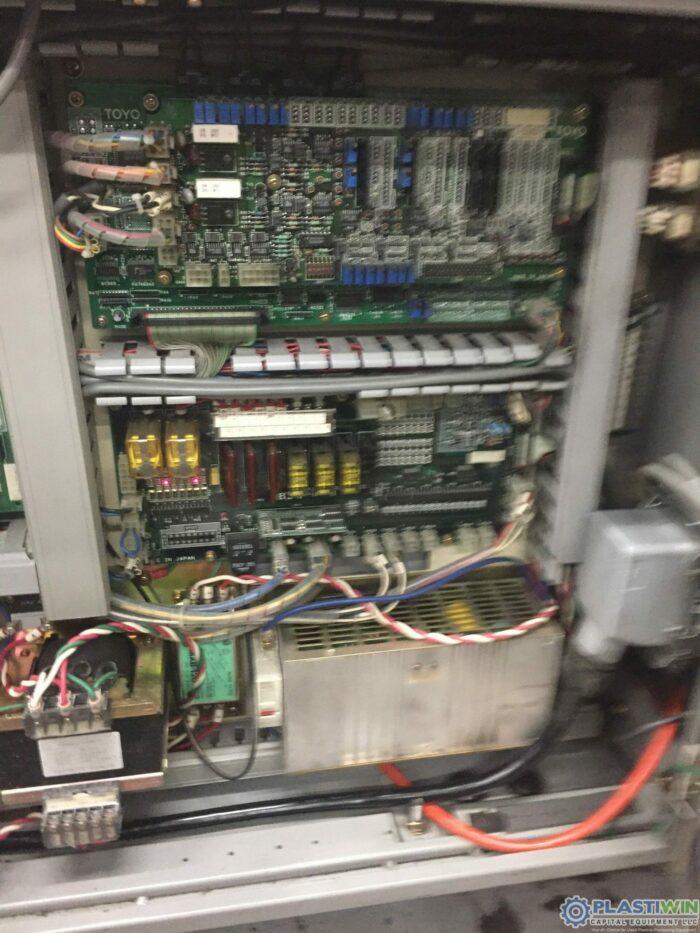 200 Ton Toyo 200H Injection Molding Machine 7 200 Ton Toyo 200H Injection Molding Machine