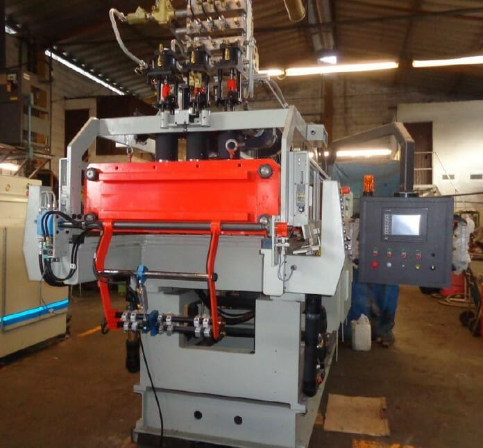 Rebuilt Uniloy 250-R1 2 Head Reciprocating Screw Intermittent Extrusion Blow Molding System 1 Rebuilt Uniloy 250-R1