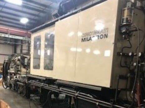 used 1000 ton cincinnati milacron vl1000 injection molding machine