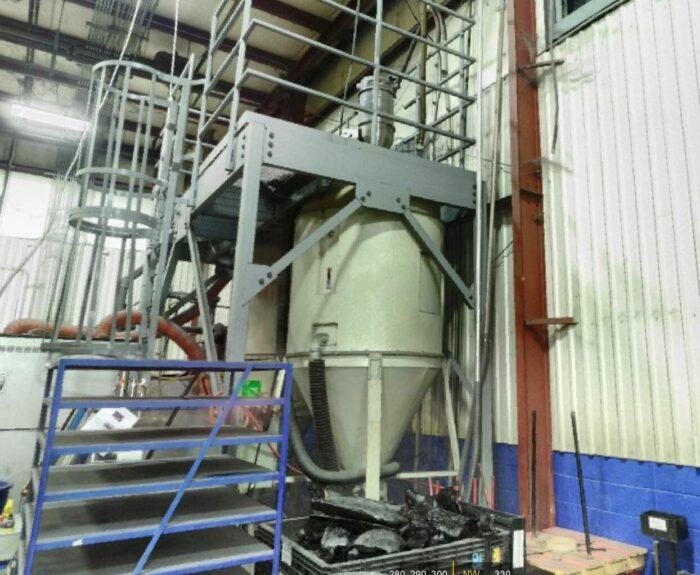 Used 3,000 lb. Una-Dyn USC3000 Material Hoppers 1 Una-Dyn USC3000 Material