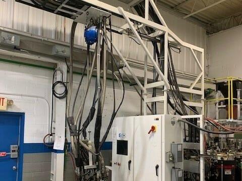 used esco b-30-5fg low pressure metering and dispensing machine
