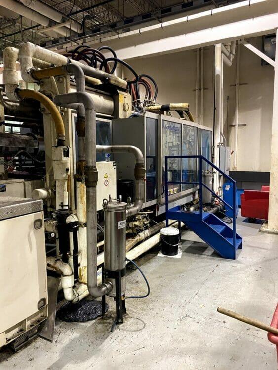 Used 646 Ton Krauss Maffei KM575/12000/C2 Injection Molding Machine
