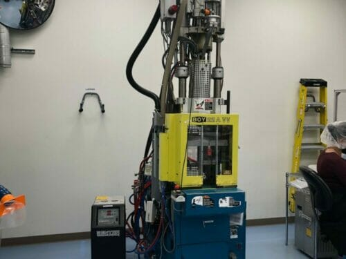 Used 22 Ton Boy 22A VV Vertical Injection Molding Machine